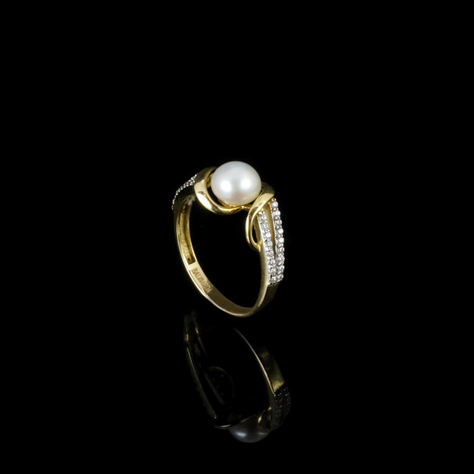 Royal Ring | Fresh Water Pearl | 14K Gold
