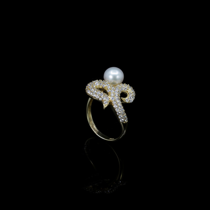 Papillon Ring | Fresh Water Pearls | 18K Gold