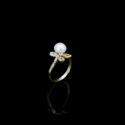 Fleurs Ring | Fresh Water Pearls | 18K Gold