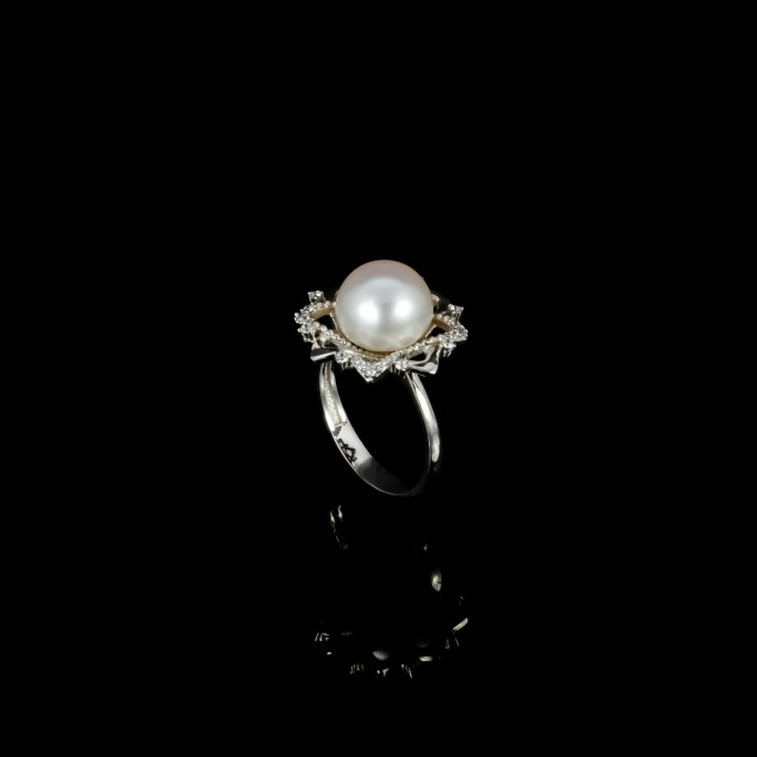 Fleur de Neige Ring |Fresh Water Pearls |18K Gold