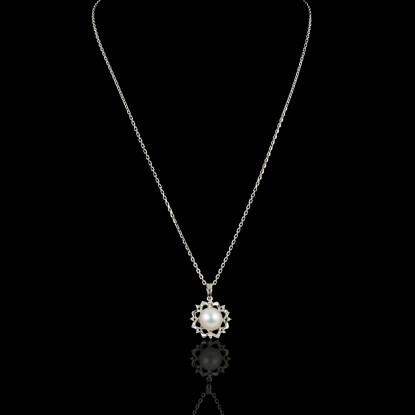 Fleur de Neige Necklace | Fresh Water Pearl | 18K White Gold