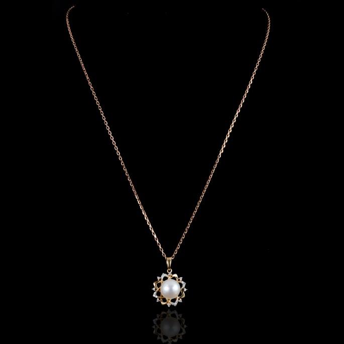 Rose Fleur de Neige Necklace | Fresh Water Pearl | 18K Gold