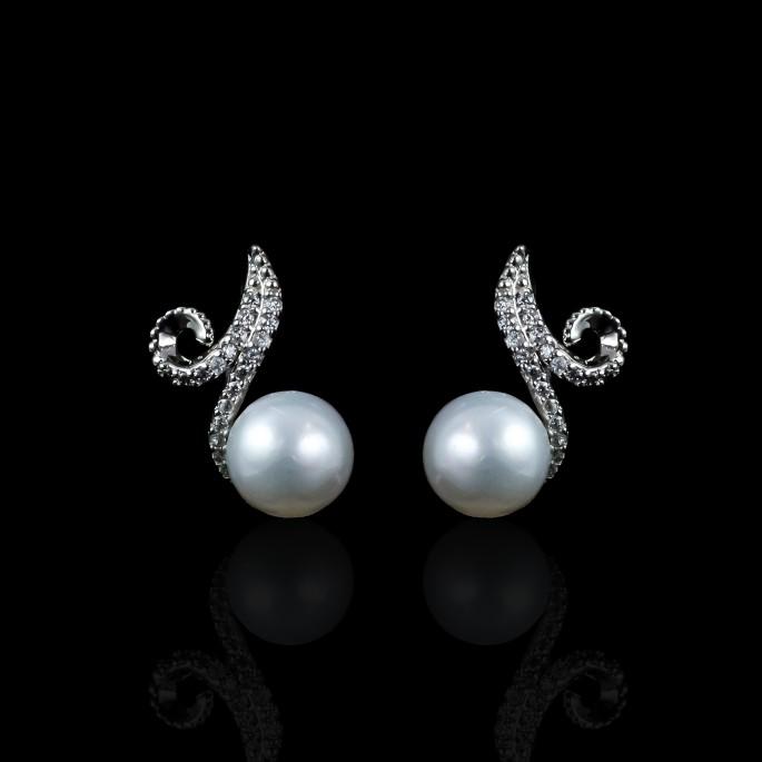 Infini Earrings | Fresh Water Pearls | 18K White Gold