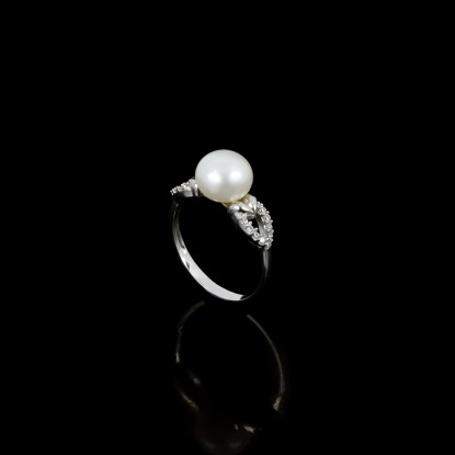 Piques Ring | Fresh Water Pearls | 18K Gold