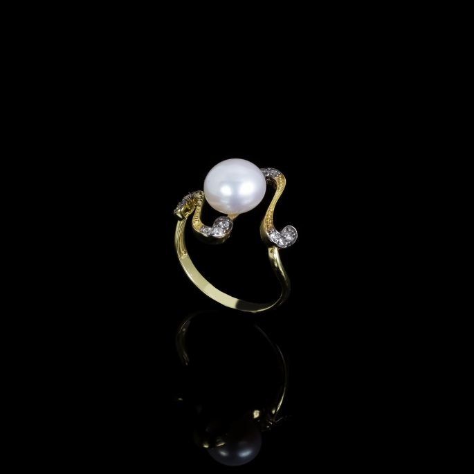 Nuit Noire Ring | Fresh Water Pearl | 18K Gold