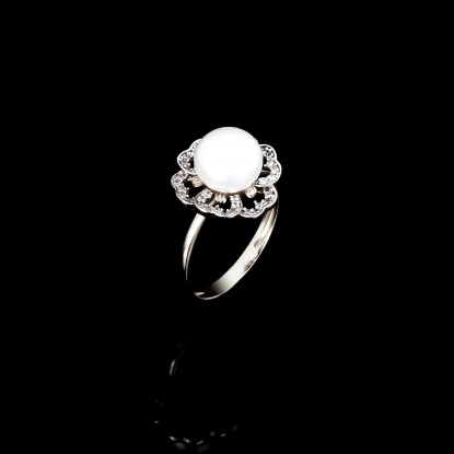 Printemps Ring | Fresh Water Pearls | 18K White Gold