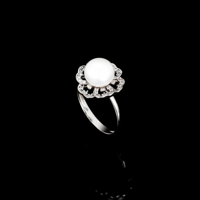 Printemps Ring   Fresh Water Pearls   18K White Gold